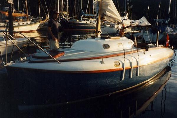 dock600-400.png
